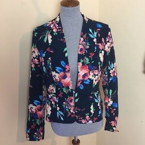 NWT Love Tree Floral Blazer Jacket Size Large